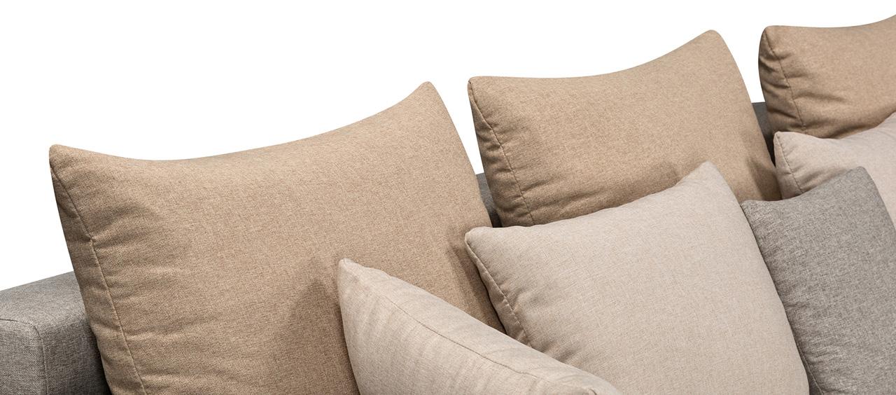 фото подушки из ткани рогожка